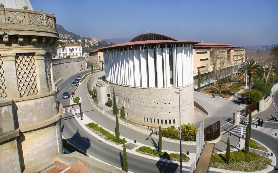 Palais de justice de Nice Avocat Sonia EL MIDOULI